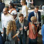 Como usar eventos da indústria têxtil para fazer networking?